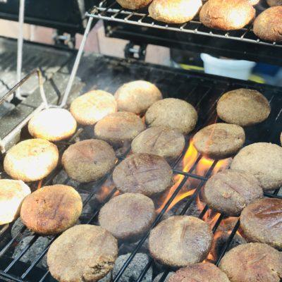 Kibbeh mit Hackfleisch auf Grillkohle (Helal)