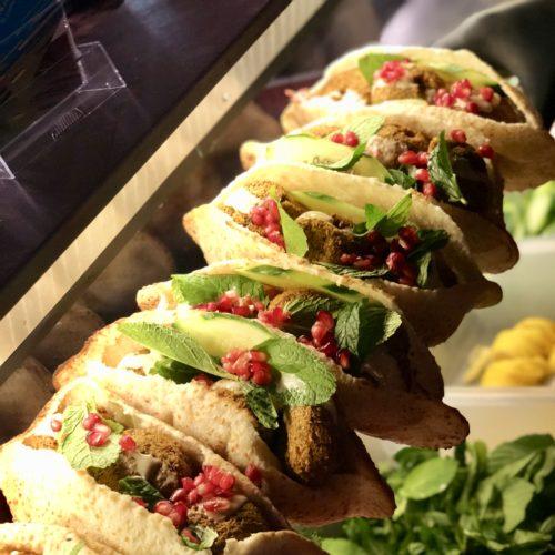 syrische Falafelsandwiches vom Foodbike (vegan)
